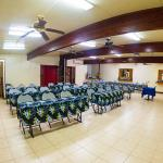 images/grid_galleries/Truk_Stop_meeting_room.jpg